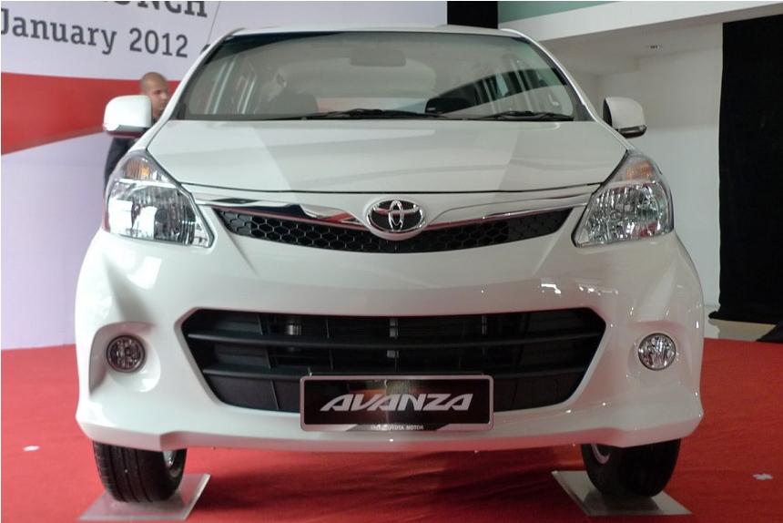 Gambar Toyota MPV Avanza Baru 2