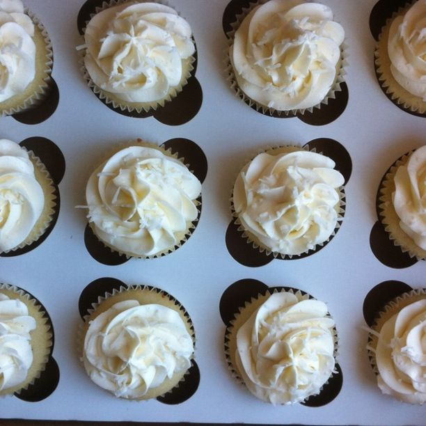 Naked Cupcakes: A Wedding Cake and Cupcakes