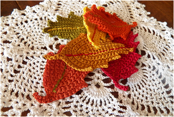 Fall Crochet Patterns : Art Threads: Monday Project - Crocheted Fall Leaves