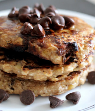 banana chocolate chip oatmeal pancakes | Well-Traveled Wife