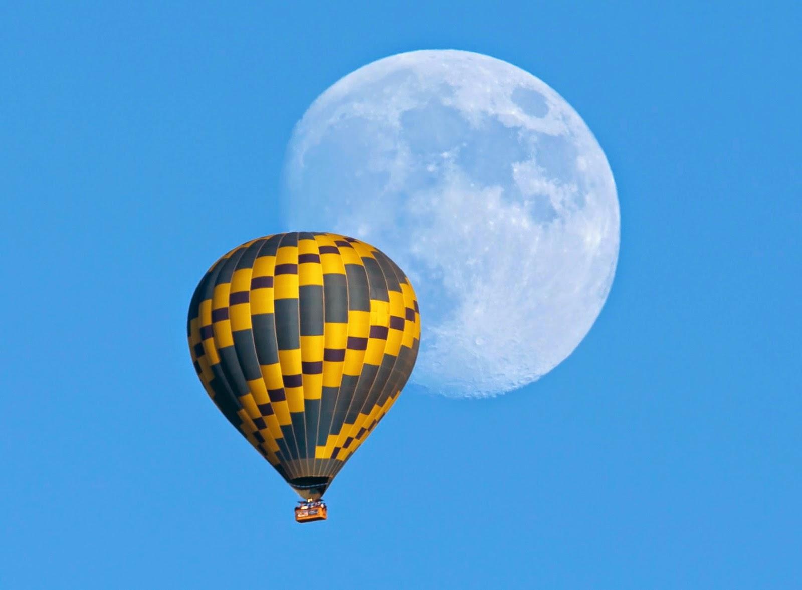 Por Qué A Veces La Luna Se Observa En El Día
