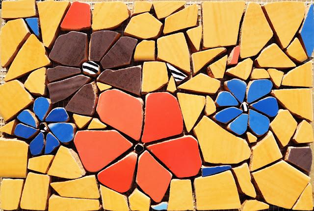 mozaika artystyczna - kwitnący dekor