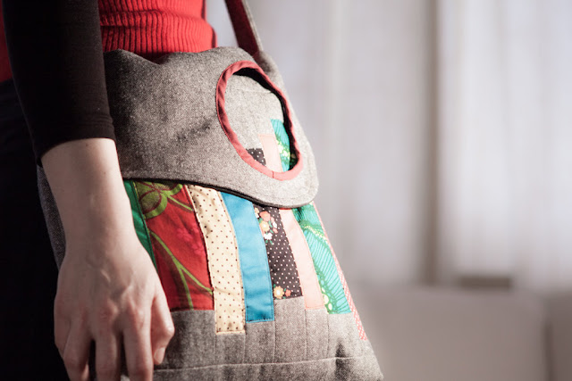 Shoulder Messenger Fabric Bag with Patchwork and Circle by Bzoing