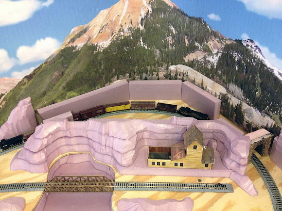 Thunder mesa mining co building mountains on the n scale for How to build a house in a mountain