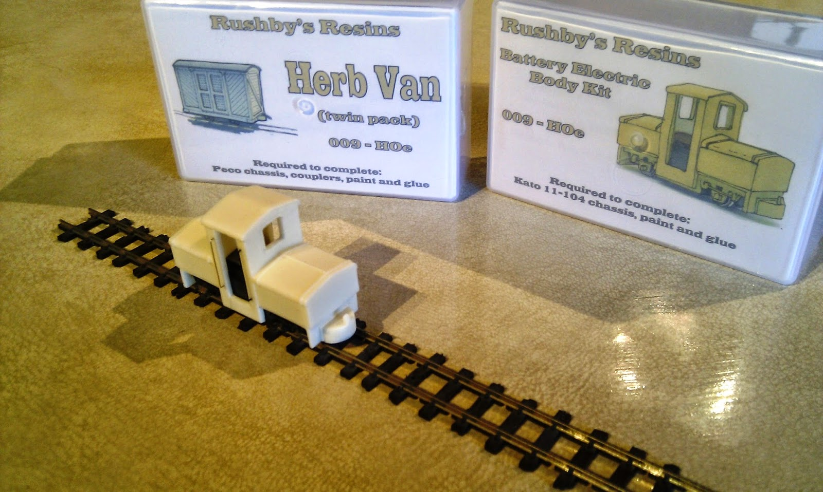 The Chronicles Of Isle Stoner April 2014 Kato N Scale Printed Circuit Board Pcb Lighting Kit For Up Water When Loco Arrived At Double Quick Time I Was Delighted To Find That Neil Had Included A Couple Herb Vans These Are Slightly Dodgy Moldings His