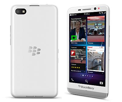 """El diario La Vanguardia señaló que las baterías de los teléfonos móviles han ganado mayor capacidad de carga, así como mejorados tal cual como los teléfonos y dispositivos inteligentes. Asimismo, reseñó que los teléfonos inteligentes consumen rápidamente la carga de la batería dado el uso que se le da al aparato. Sin embargo, para prolongar más """"la vida"""" del celular, se puede """"modificar algunos aspectos de la configuración"""" del smarthphone para prologar la energía de la pila. A continuación el texto publicado por el medio: Al igual que los teléfonos y los dispositivos, las baterías también han mejorado y han"""
