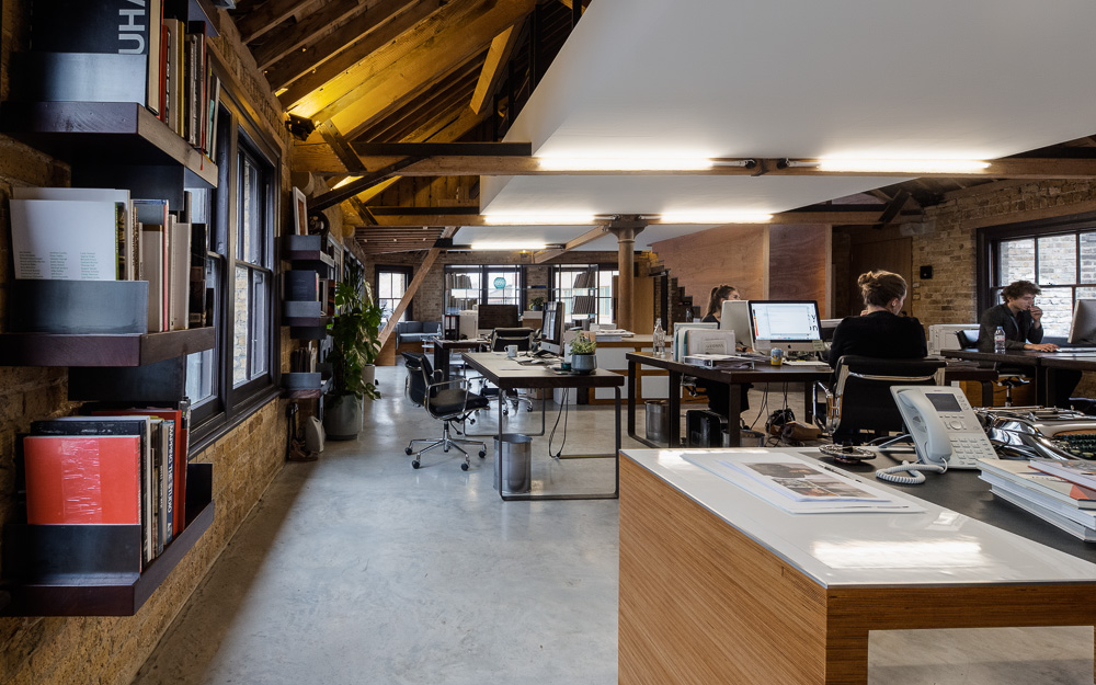 World of architecture mad agency attic office by dos for Retail interior design agency london