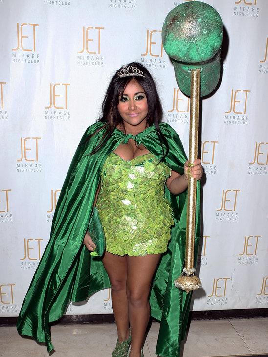 celebrity halloween costumes 2011