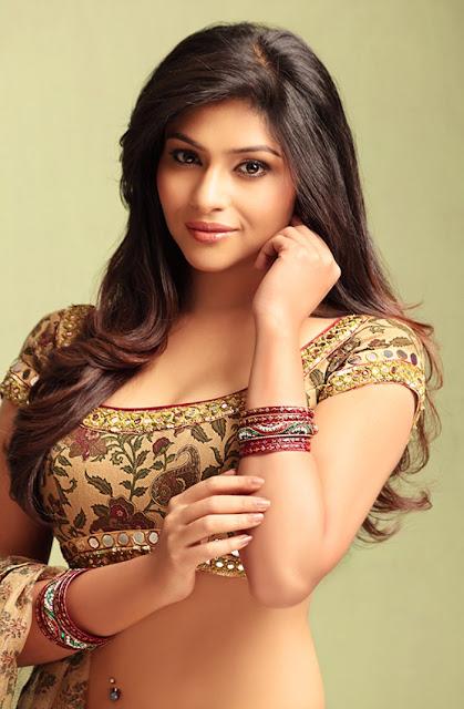 Hot Lakshmi Devi Nair Shoot
