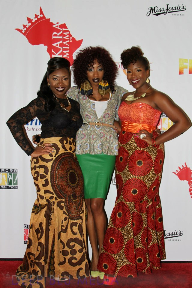 AFRICAN BEAUTIFUL PRINTS DRESSES STYLES 2013