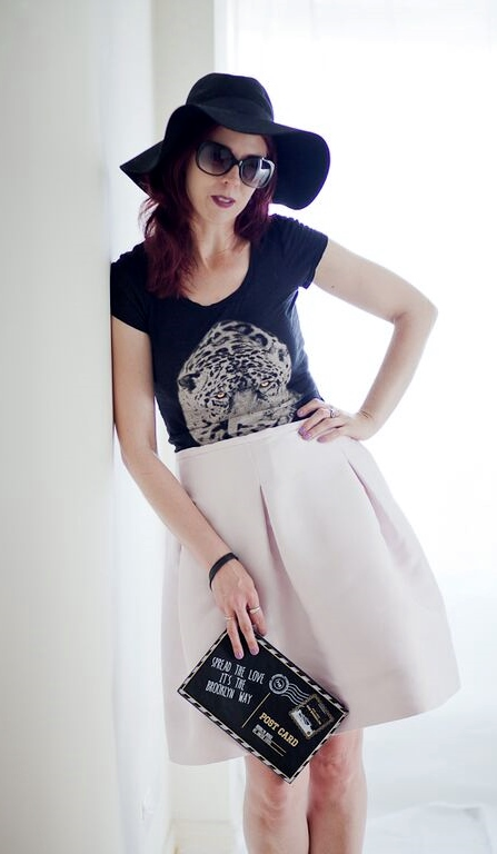 My Style: Express T-shirt, 424 Fifth Birdcage Skirt from Hudson's Bay, Aldo Clutch, H&M Hat, Forever 21 Booties. Photo Credit: Ardean Peters, fashion, Styletips, Eclectic, inspration, summer, pink, tiger, OOTD, tee, Toronto, Ontario, Canada, The Purple Scarf, Melanie.Ps