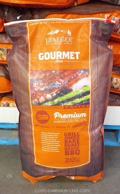 Fire up some good bbq with a Gourmet Blend of Traeger Premium Hardwood Pellets