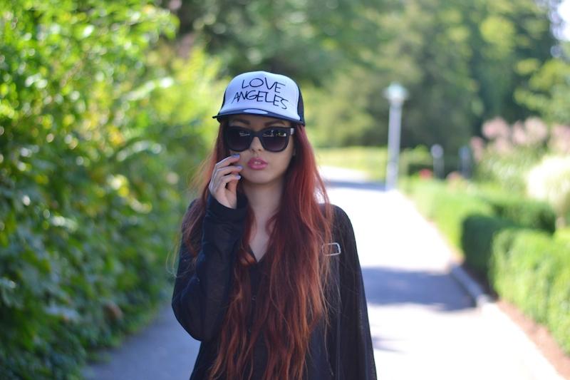 Cap_Kappe_Sonnenbrille_Jeggings_Outfit