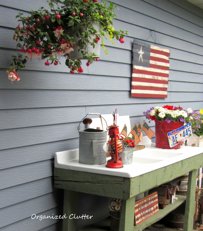 Red White & Blue Potting Bench www.organizedclutterqueen.blogspot.com