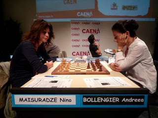 Echecs au Féminin : Nino Maisuradze (2329) 1-0 Andreea Bollengier (2207) © FFE