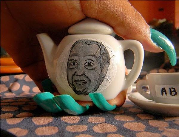 Duvalier portrait on little teapots by Tessa Mars