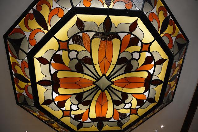 Mandarin Oriental Hotel KL light