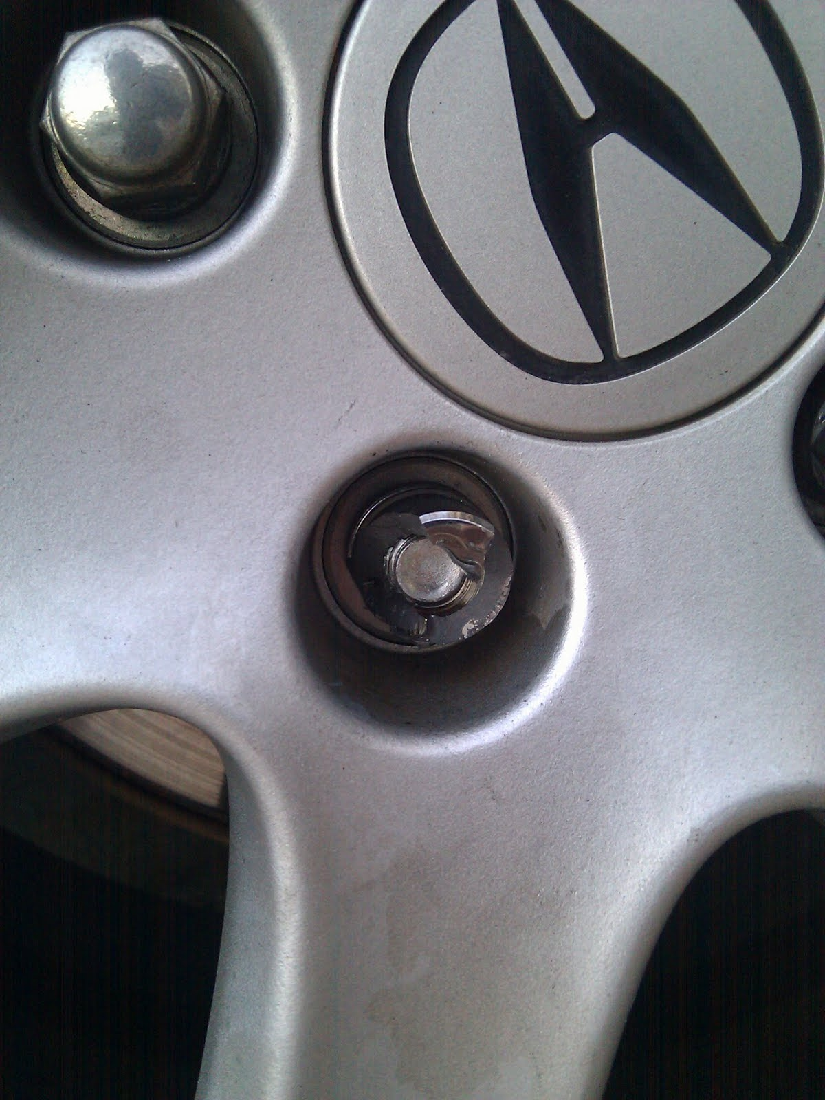 AboutAcura My Acura Wheel Lock Lug Broke - Acura wheel lock key