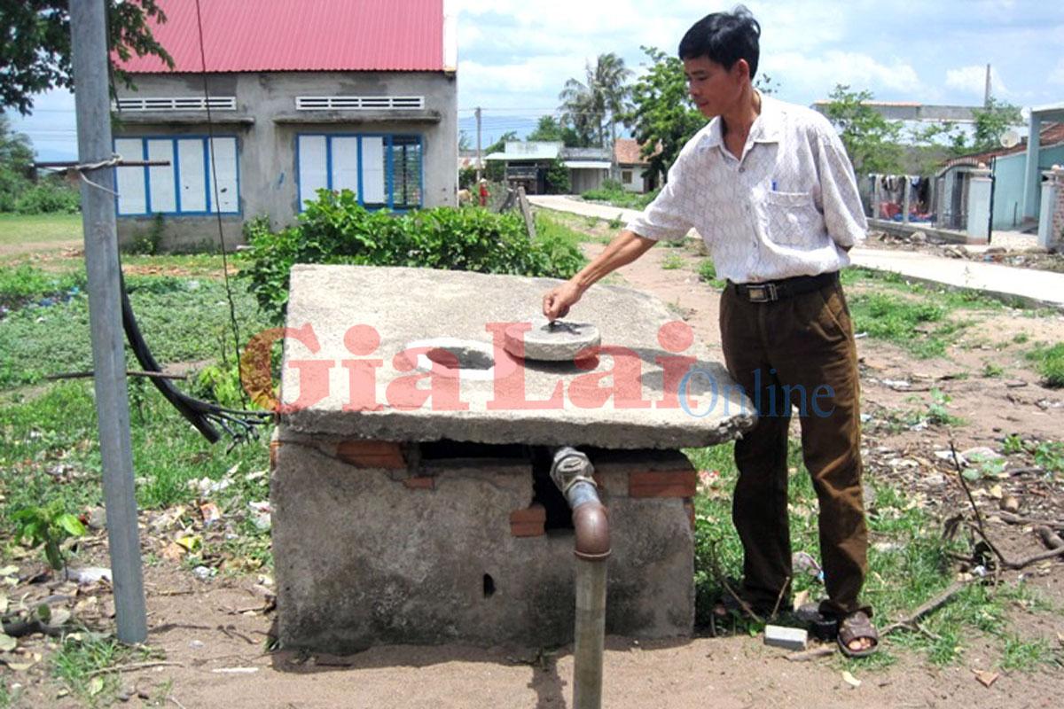 """Gia Lai: Giải cơn """"khát"""" cho người dân Kông Chro"""