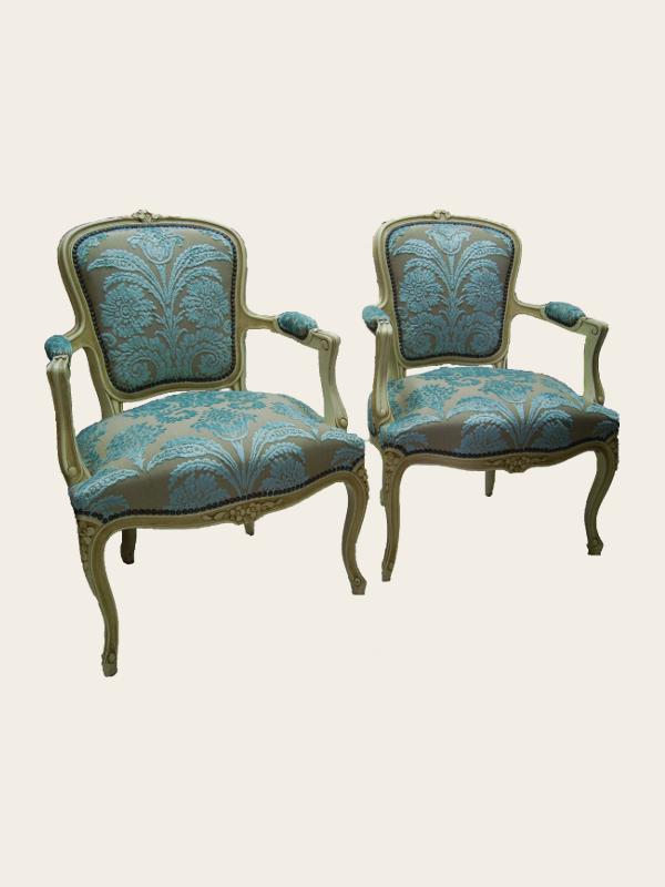 simon j gou artisan tapissier nantes. Black Bedroom Furniture Sets. Home Design Ideas