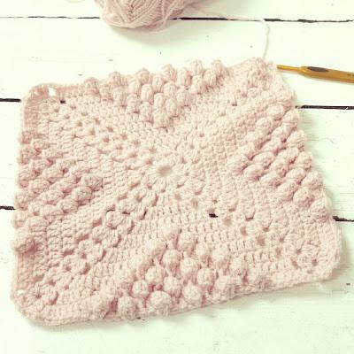 ByHaafner, crochet, throw, work in progress, pink, pastel, bobble stitch
