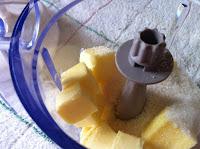 Batir manteca y azúcar