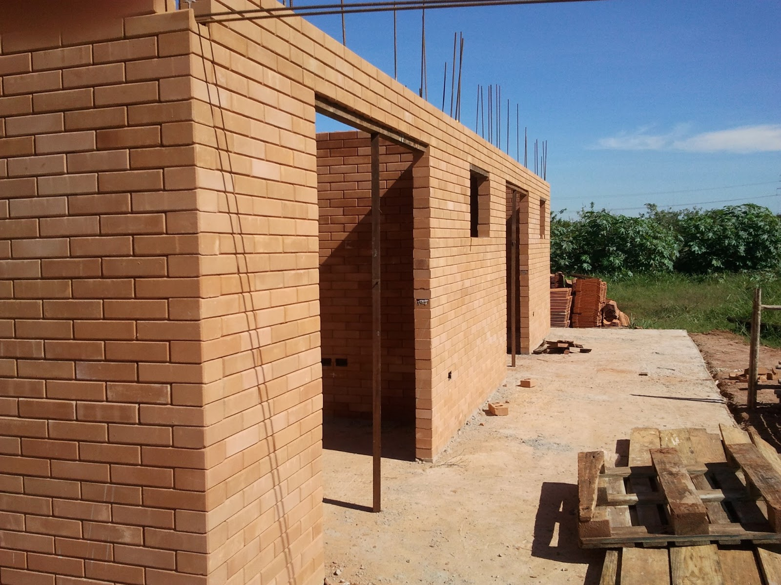 Construindo e Ampliando com Tijolo Solo cimento / Ecológico  #9A6531 1600 1200
