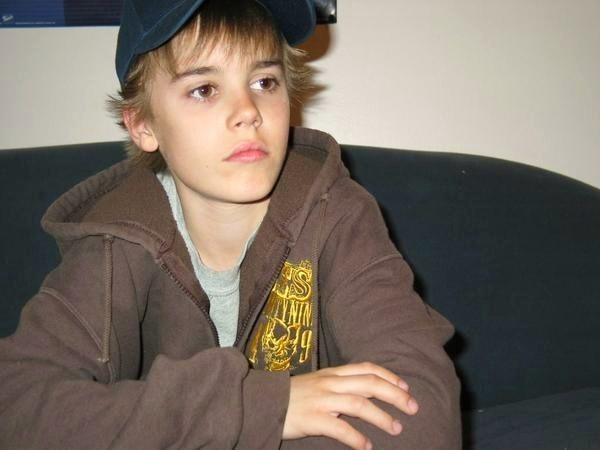 justin bieber little. justin bieber kid photos.
