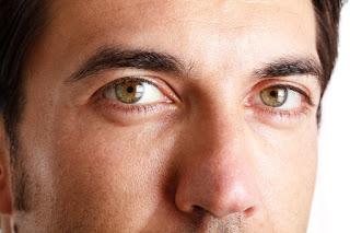 Eye Bags? Oh No! Hilangkan dengan Cara Natural yang Ampuh
