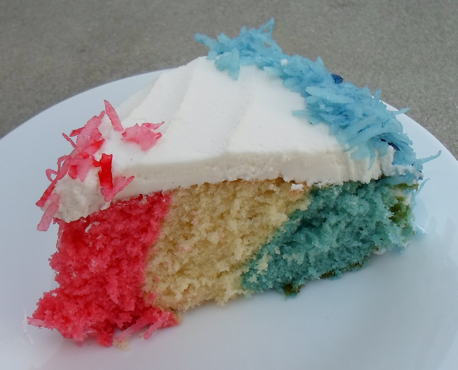 Happier Than A Pig In Mud: Red, White and Blue Cake