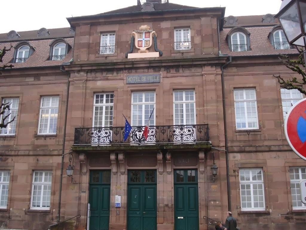 Front national du doubs montb liard et besan on les for Montbeliard besancon
