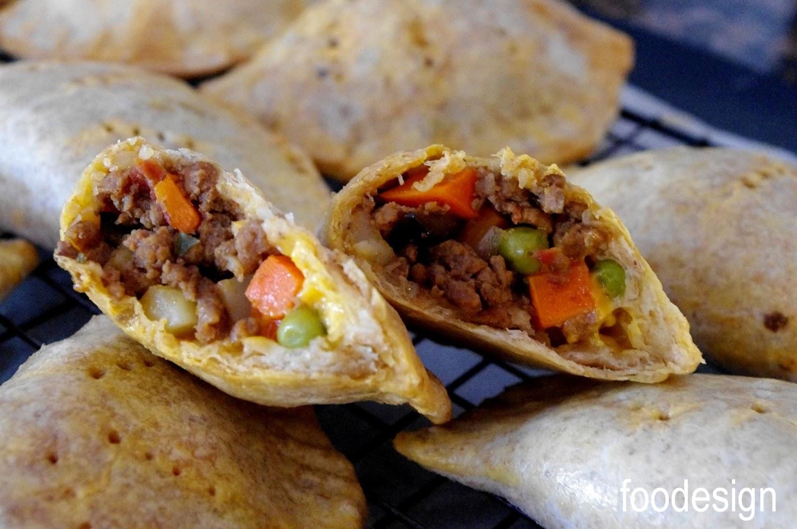 foodesign: empanadas with picadillo filling