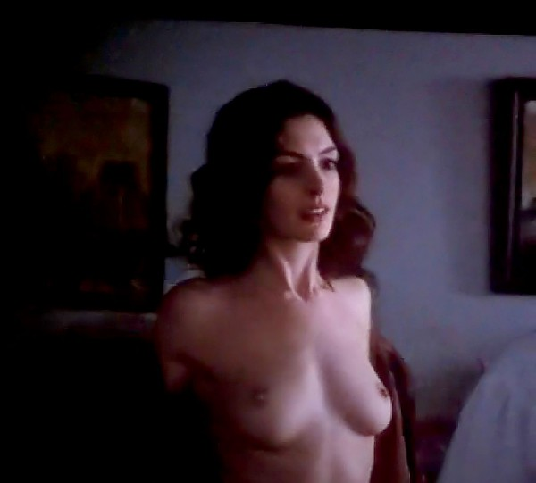 Anne Hathaway Leaked 3 Photos #TheFappening