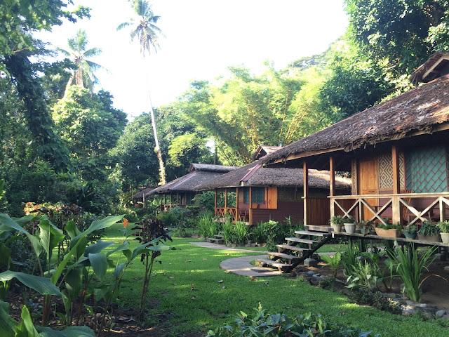 The bungalows at Walindi Plantation Resort