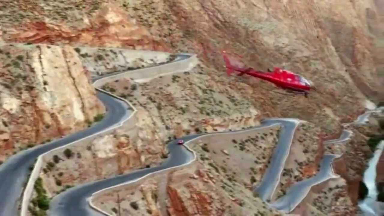 شاهد ماذا يفعل هذا السائق في أخطر طريق بالـمغرب