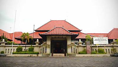 Museum Sonobudoyo yang penuh sejarah