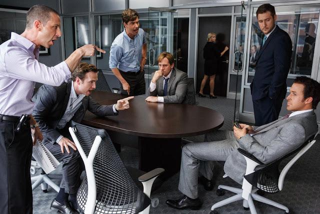 Männer brüllen Ryan Gosling an.