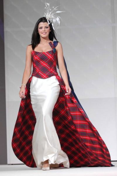 Agosto 2013 mis secretos de boda events for Scottish wedding guest dress