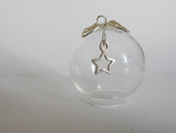DIY : Le pendentif globe étoilé