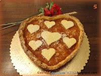 Crostata mandorle e marmellata di albicocche