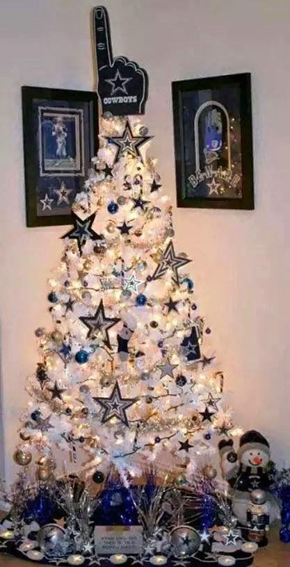 Cowboys Christmas tree