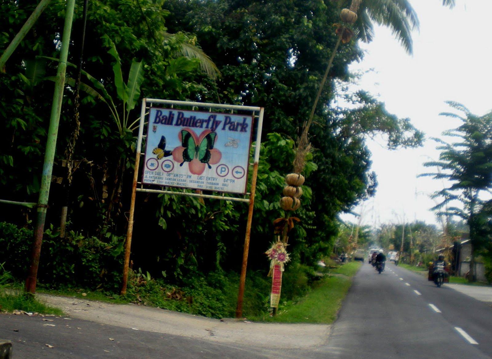 Taman Kupu Kupu Bali Tri Hartadi House