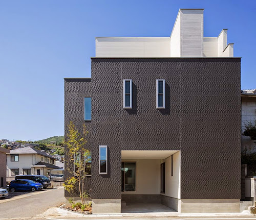 I2-house [court house] by Architect Show co.,Ltd