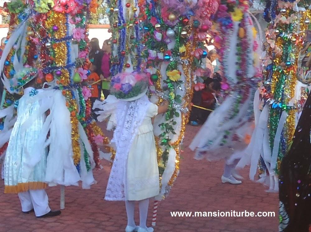 Danzas tradicionales en la Pastorela de Tocuaro
