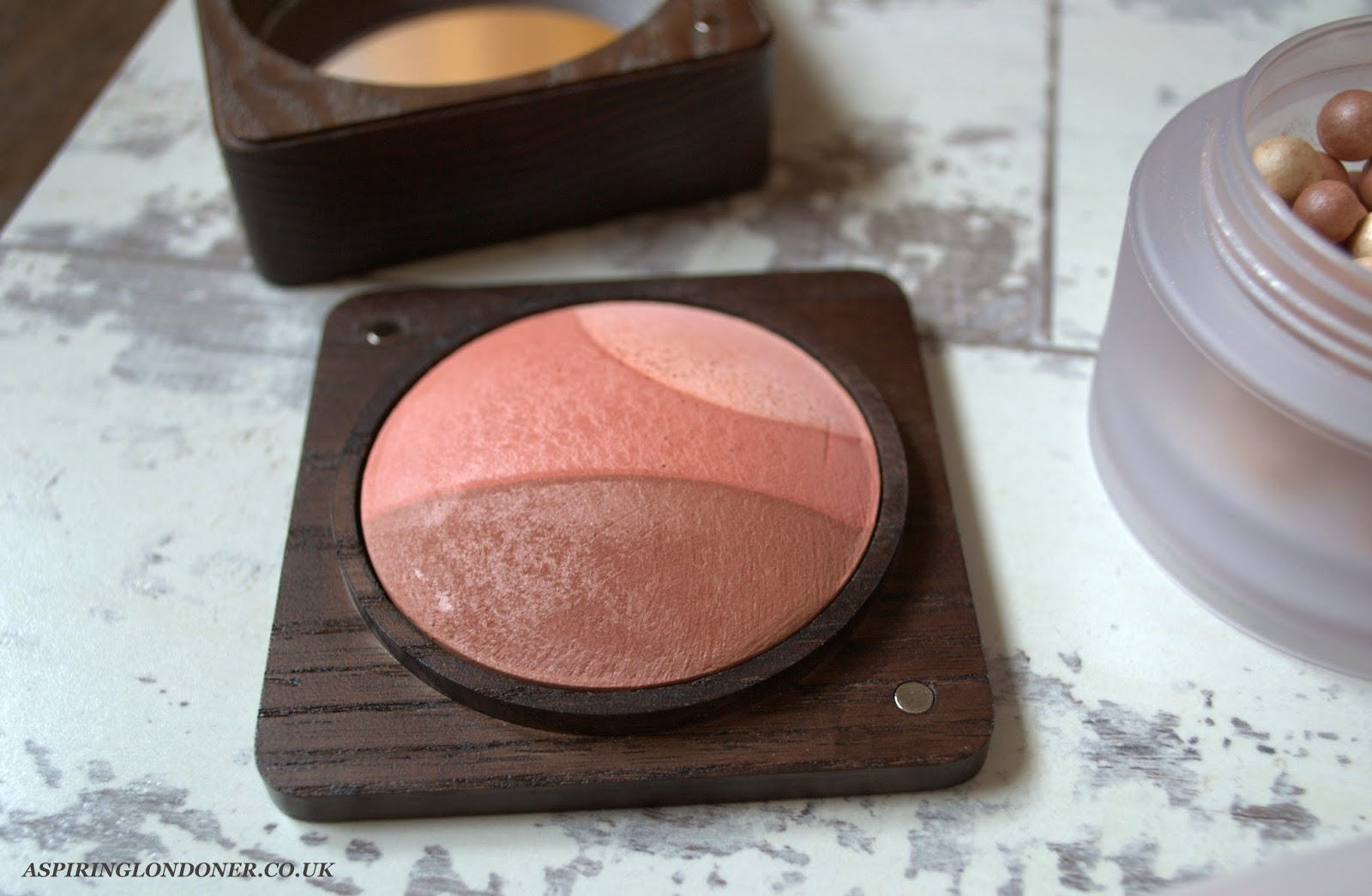 Kiko Cosmetics Modern Tribes Tri-bal Soul Baked Blush Mysterious Earth Swatch - Aspiring Londoner