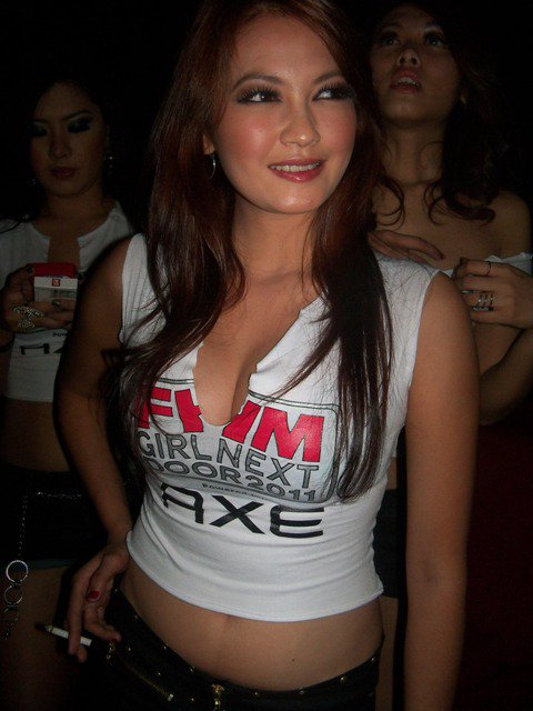 Foto Hot: Susu Montok Model Cantik Bertebaran di FHM Party Night