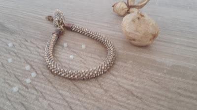 Crochet string bracelet - coral