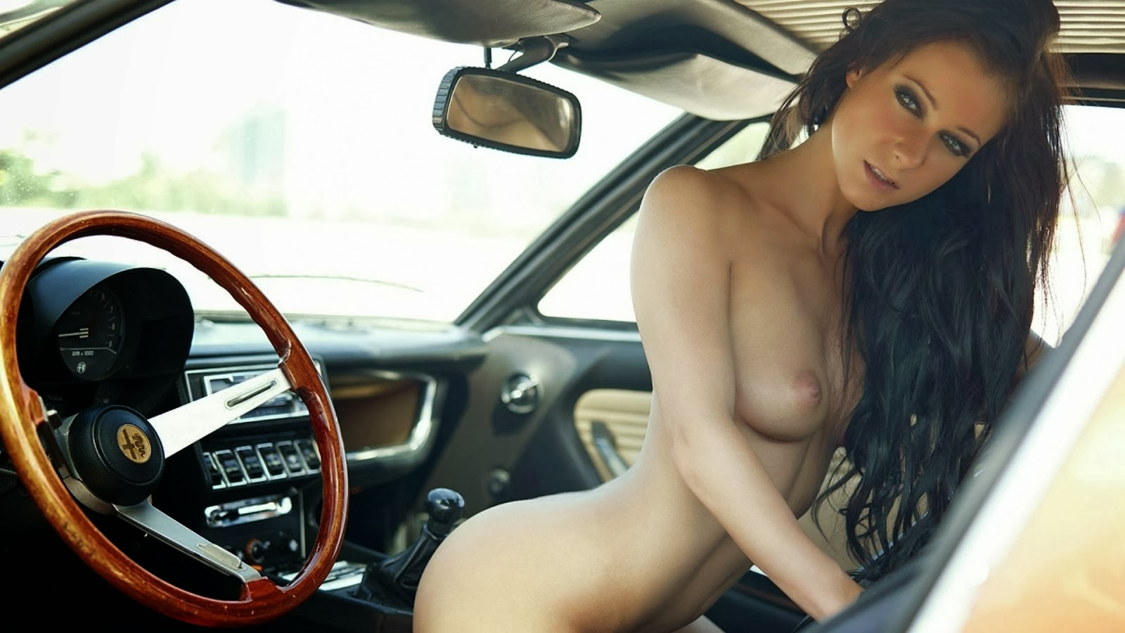 Melisa Mendiny Naked In Car Wallpaper