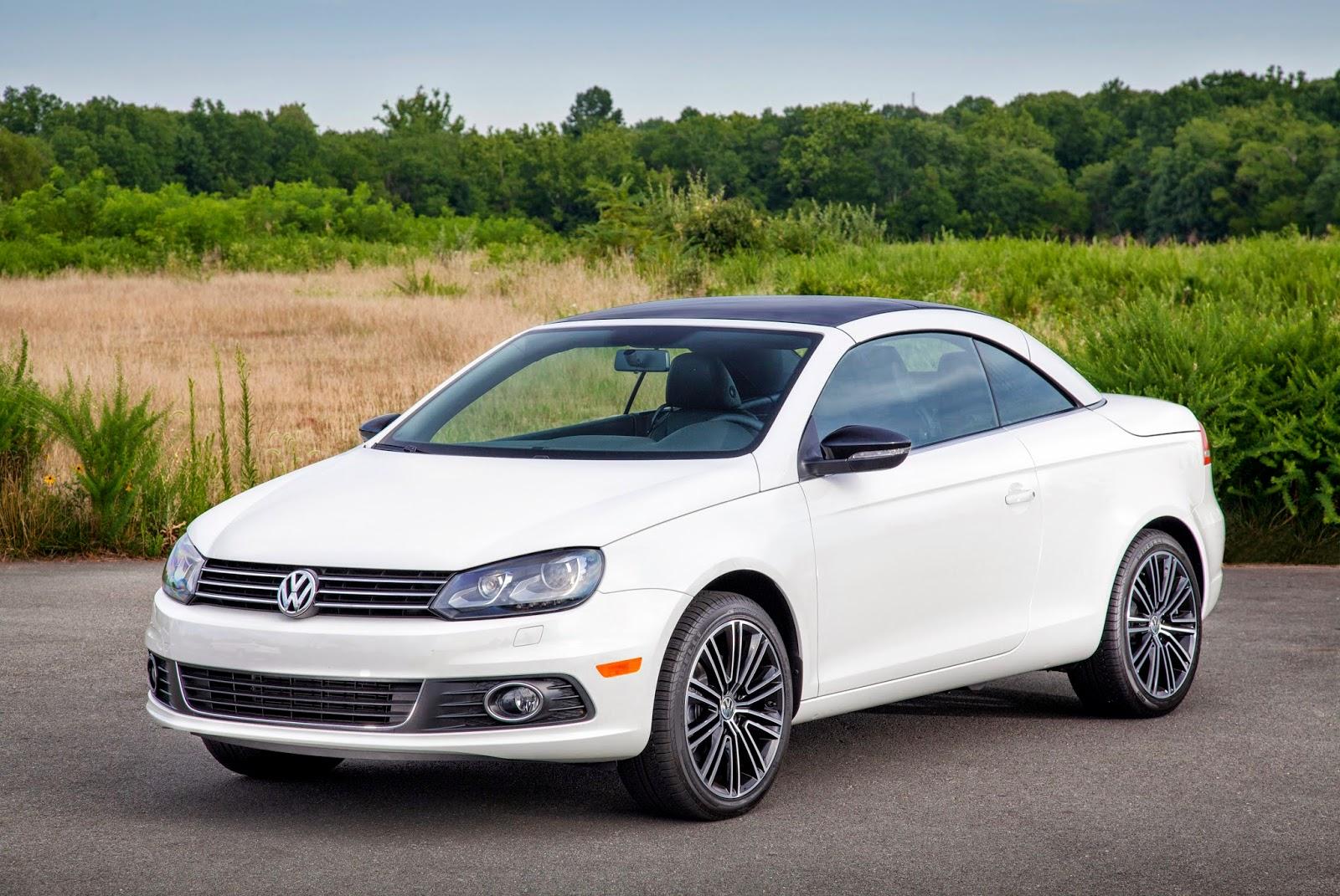 Front 3/4 view of 2014 Volkswagen Eos Sport