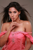 Asha Kothari HD Wallpapers  8.png